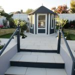 GARDEN DESIGN WITH THORNDOWN PAINT'S COLOURS