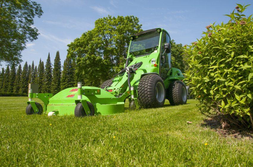 Avant 400 Series – Landscaping Made Easier