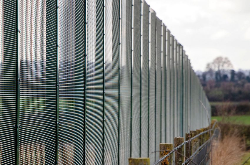 CLD FENCING SYSTEMS AND ALLEN TPS HELP PROTECT MAJOR UK DEFENCE MANUFACTURING SITE