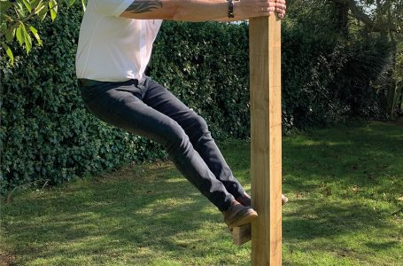 NEW POSTSAVER PRO-SET HARD RESIN FOAM MAKES INSTALLING FENCE POSTS A BREEZE