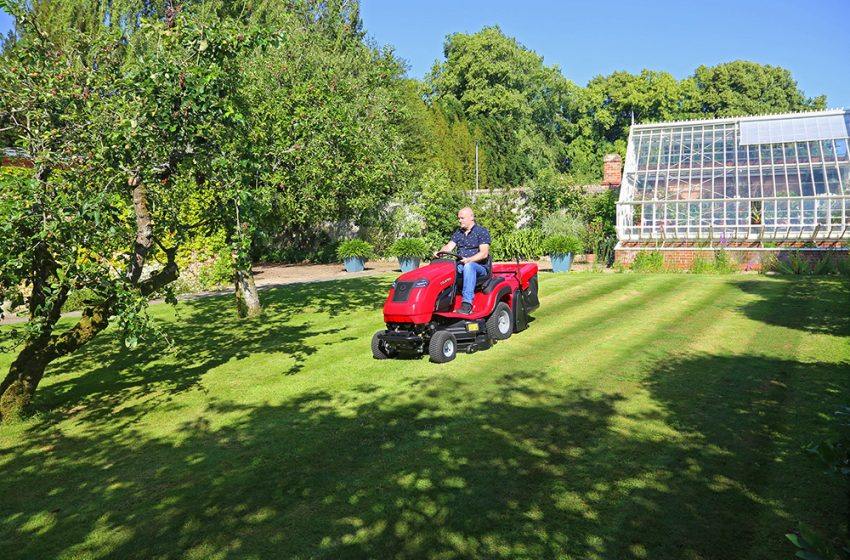 SUMMER IS MOWING WITH A COUNTAX
